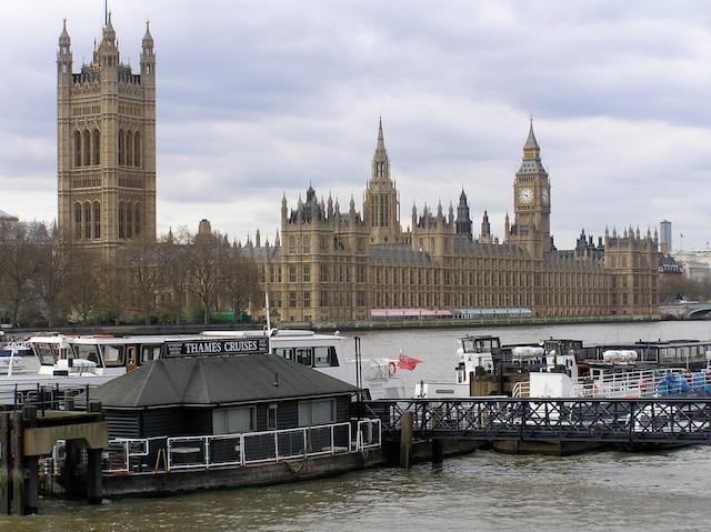 UK 2003 25